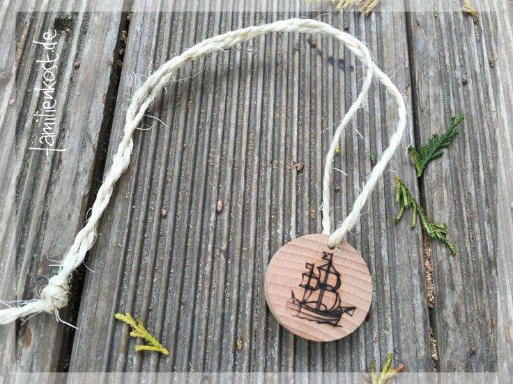Holzkette Piratenparty