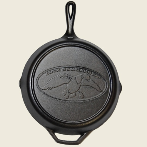 "Duck Commander Store - 12"" CAST IRON SKILLET: Ducks Dynasty, Duck Commander, Cast Irons Grill, Command Stores, Irons Skillets I, Awesome Kitchens, Cast Iron Skillet, Command Logos, Ducks Commander"