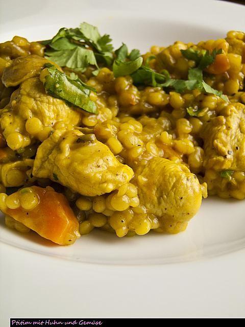 Ptitim-Eintopf mit Hühnchen und Gemüse | Foodina