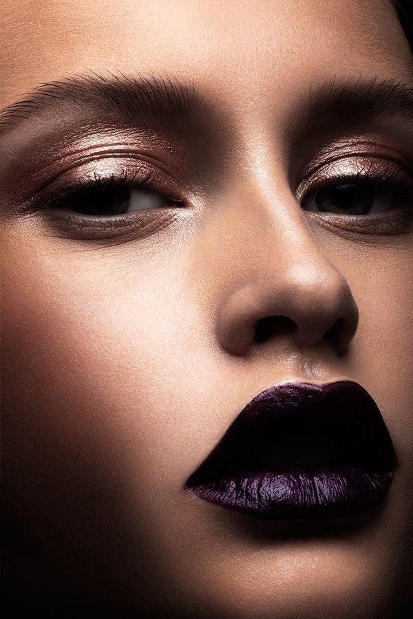makeup artist resume%0A Iridescent for OOB Magazine