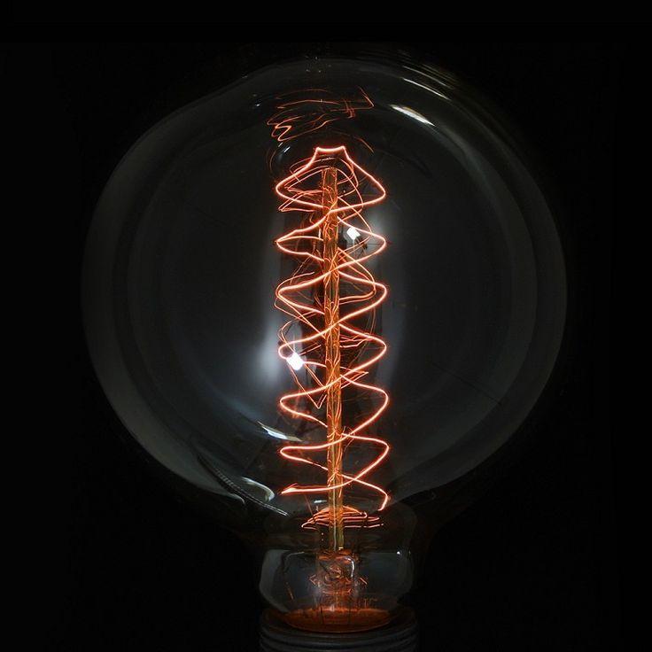 Dekorative große  Glühbirne Kugel: Edison 125 mm #design #lightbulbs http://www.imindesign.de/product/dekorative-gluhbirne-edison-imin-globe-max-s-60w