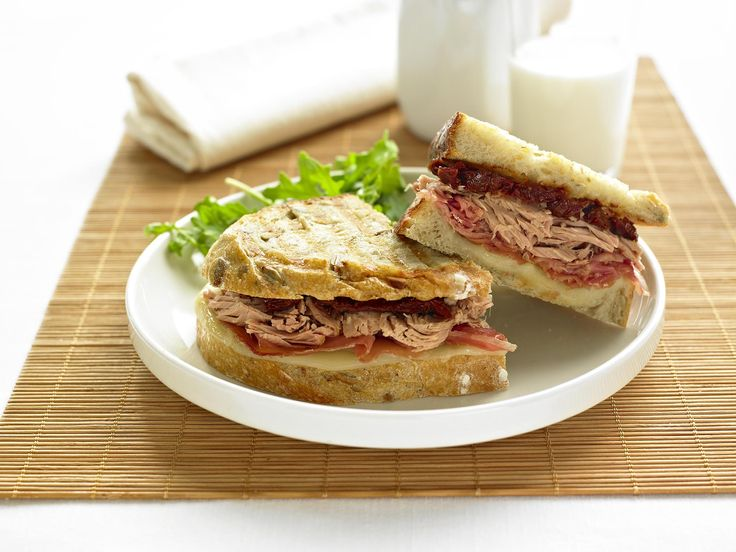 Make Life Easy with this Tuna, Prosciutto and Provolone Panini recipe! LIKE us at https://www.facebook.com/goldseal #PinToWin #NoDrainer #MakeLifeEasy