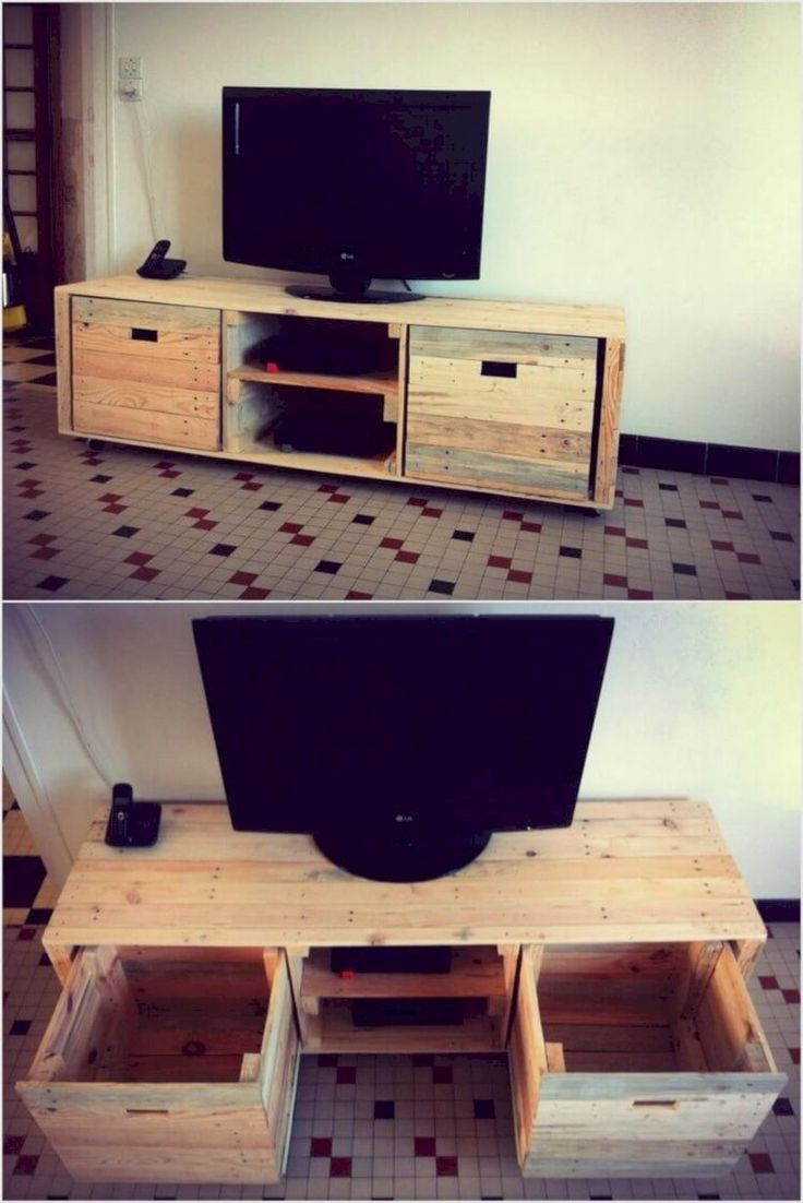 Wooden pallet media table with big drawers! Media table in pallet form is  used as best for making your LED or TV to stand at a proper position.