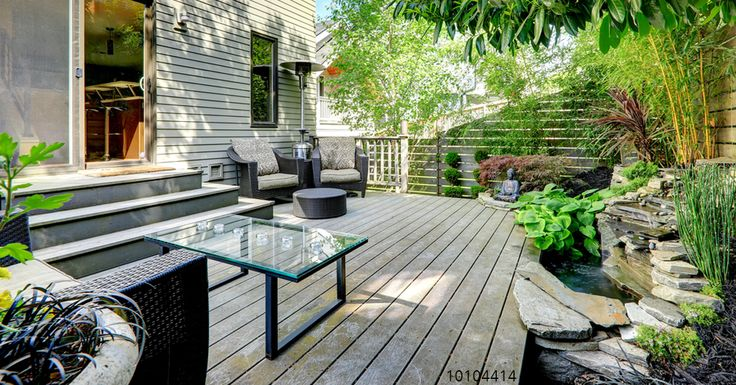 A modern twist on the traditional wood look of composite decking. Offering trendy colors, two finishes on a single board, and an above average thickness, New Classics XL promise style and substance.