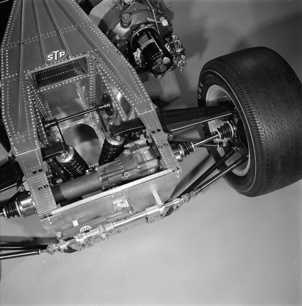 A unique four-wheel-drive system evolved from the mechanism custom-built by Ferguson Formula in England for the previous season's STP Novi. The engine's projected four-to-six mpg (doubling Indy's typical fuel mileage) enabled a small, 48-gallon kerosene load to be strategically distributed inside the chassis.