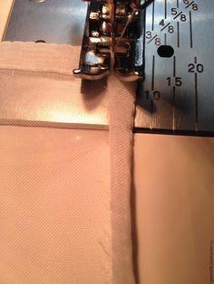 Мой мастер-класс рассчитан на рукодельниц, которые уже шили из легких тканей, таких как вуаль, органза и прочих. Для начинающих швей, возможно это будет трудновато, но всё равно стоит попробовать. Недавно мне нужно было сшить занавески, и я вспомнила, как легко и достаточно быстро подшить ткань для занавесок. Обычно для занавесок или для тюлевых штор исп…