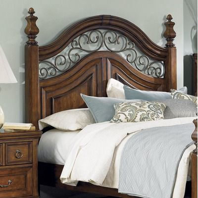 Liberty Furniture Laurelwood Poster Headboard in Chestnut