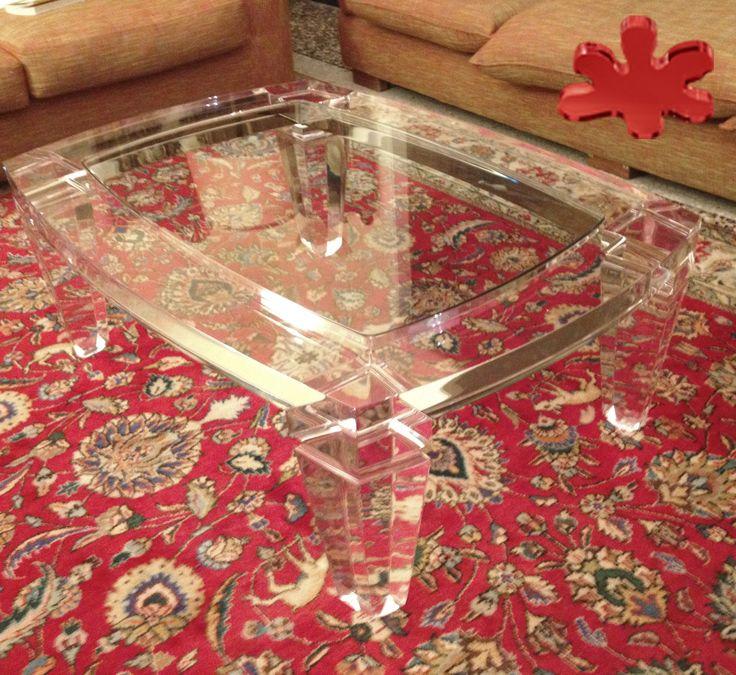 Acrylic furniture - Lucite Acrylic coffe table - TAVOLINI DA SALOTTO IN PLEXIGLASS | Tavolo trasparente in plexiglass mod. BOTTE | Tavolino plexiglass cm.120 x 90 h.40 - telaio sp.mm.50 - gambe sez.mm.120 #lucite #design #homedecor #acrylic