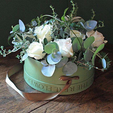 Ivory Rose Hat Box, The Real Flower Company