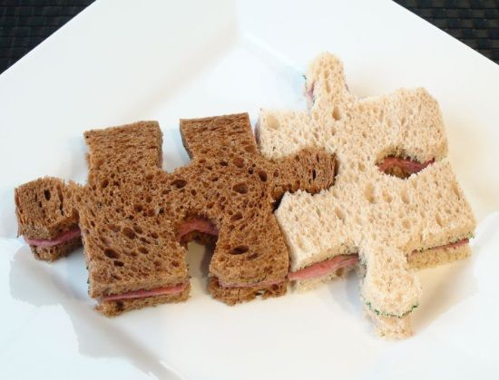 puzzle sandwichAutism Awareness, Sandwiches, Fun Food, Kids Lunches, For Kids, Food Crafts, Cookies Cutters, Puzzles Piece, Kids Food