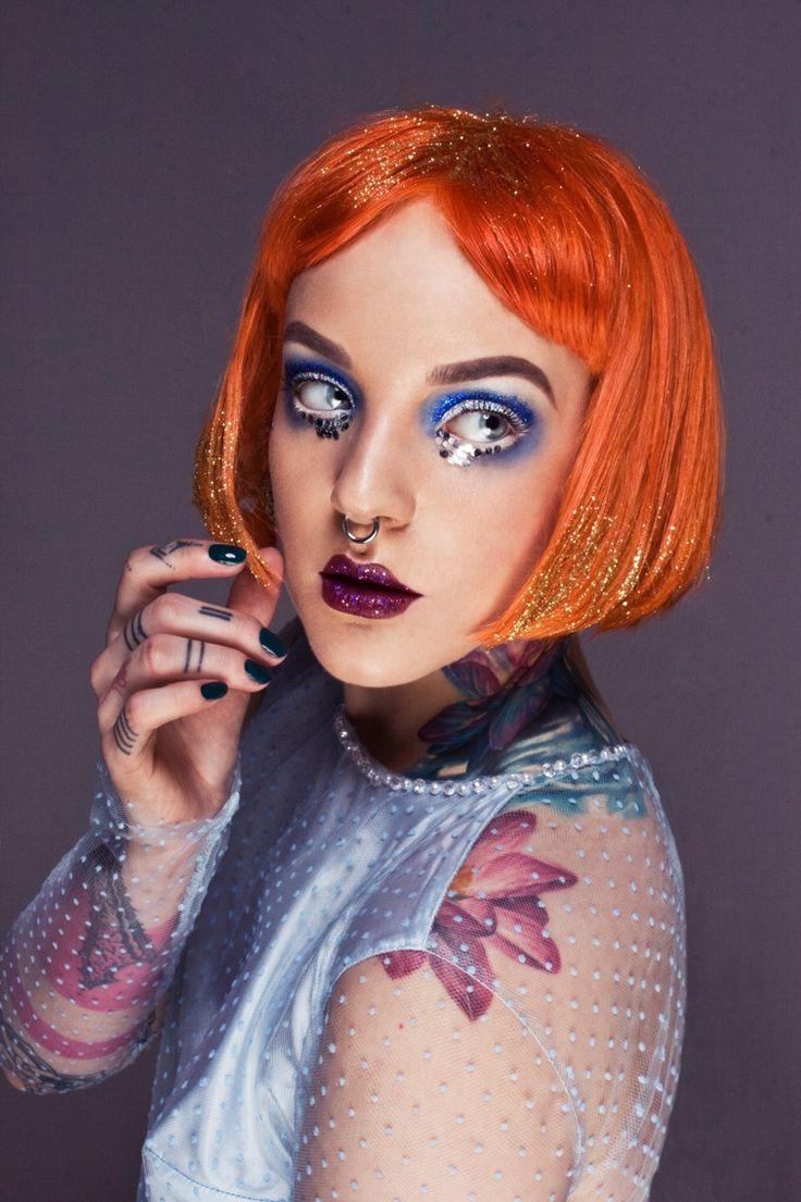 Glitter make-up Make-up: Koki9 Model: Koki9 Photography: Carolin Morgan Hairstyling: Olda Chlup