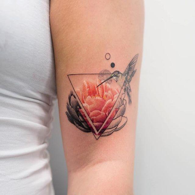 Triangle Tattoos Geometric Tattoos And: Best 25+ Triangle Tattoos Ideas On Pinterest
