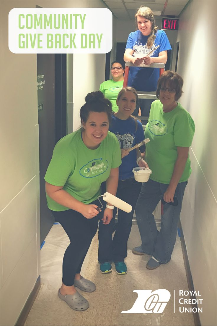 574 Royal Credit Union team members performed 3444 hours of community service during nearly 60 projects in 12 different communities on Community Give Back Day in October 2017! #RoyalGivesBack at Veterans Housing and Recovery Program (VHRP) in Chippewa Falls, WI