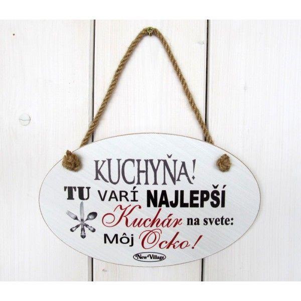 Dřevěná tabulka s nápisem