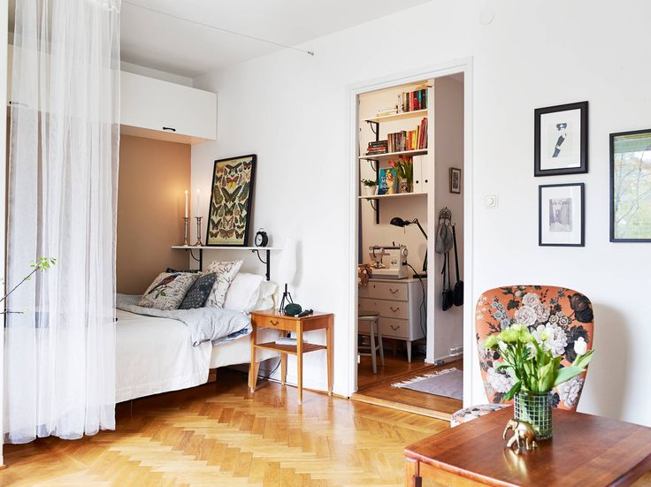 I'd only move in if either the apartment has been recently painted white, or the landlord gave us permission to paint every room matt white before our move in day.