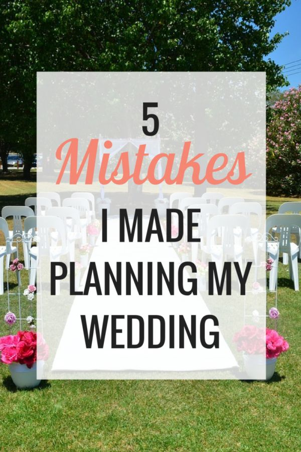 Includes a FREE printable wedding planning checklist! - Very Erin