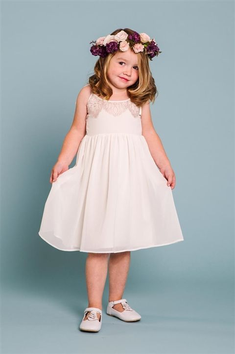 This dress is so adorable!