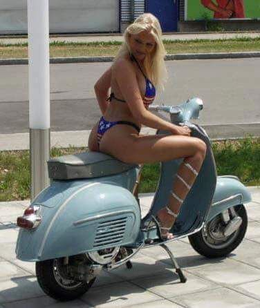 Ooh the shapes, it's all about the shapes when it comes to a Vespa.