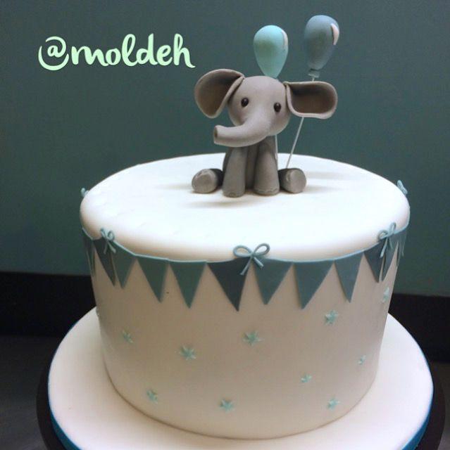 Pastel para shower de elefantito // Babyshower cake with baby elephant on top