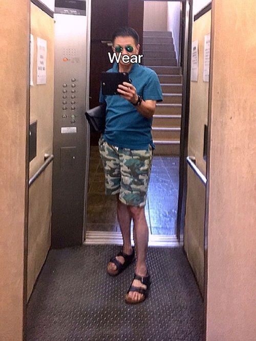 グリーングリーン🤗 ポロシャツはグリーンですがちょっとブルーが入っているのか?なんかいい色目です!