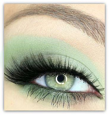 Very pretty.. Etsy listing at http://www.etsy.com/listing/129108615/new-color-vegan-mineral-makeup-eye