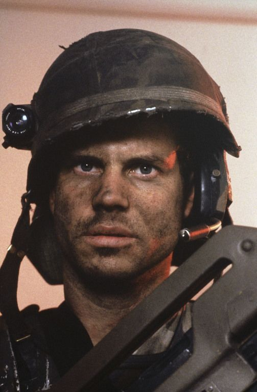 THE ACTIONEER - Bill Paxton, Aliens (1986)