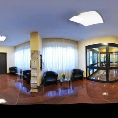 Residence Desenzano Hall