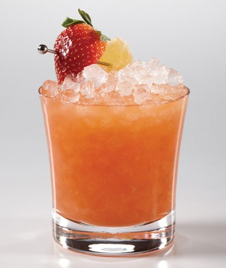 Low Calorie Cocktails for National Rum Day: Low Calories Cocktails, Ginger Strawberries, Cocktail Recipes, National Rum Day, Strawberries Rumbl, Rum Recipe, Low Calorie Cocktails, Cocktails Recipe, Calories Rum