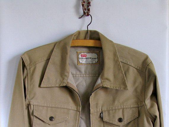Sale 90's Levi's Jacket Beige Tan  Size S Casual by artwardrobe, $29.00