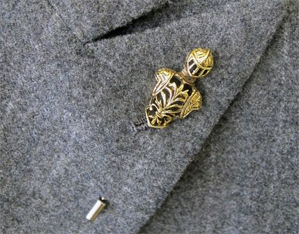 Classic lapel pin