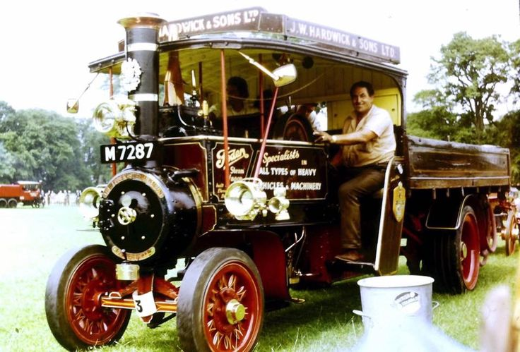 Foden steam lorry