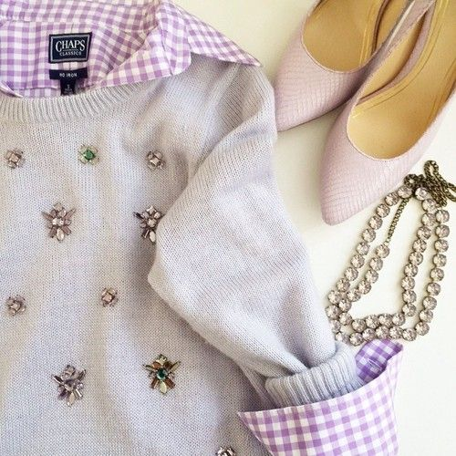 Super cute sweater, love the whole halfie they paired. love!