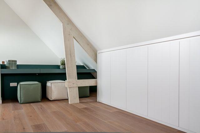 25 beste idee n over slaapkamer op zolder kasten op pinterest slaapkamers op zolder - Maak een mezzanine op de zolder ...