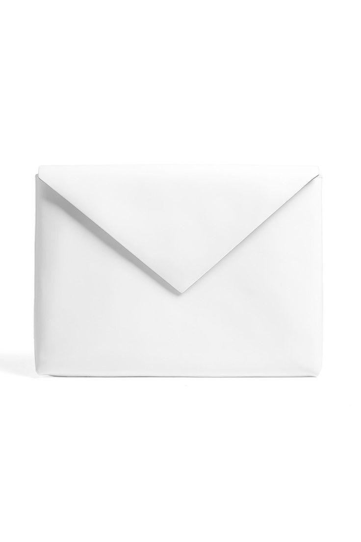 minimal white  | accessories & bags . Accessoires & Taschen . accessoires & sacs | Design: Acne |