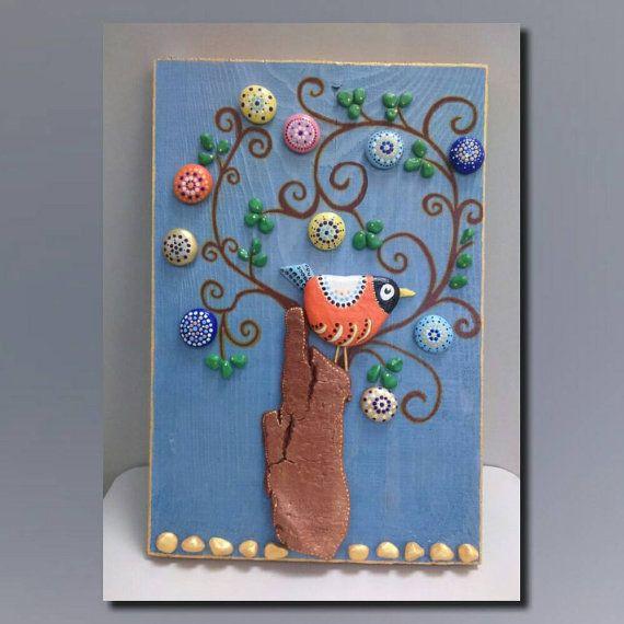 Bird, Hand painted Stones, Pebble Art, Stone Art, pallet wood, Stone Art, Painting rocks, Home Decor, Gifts, Wall decor, Nature Art