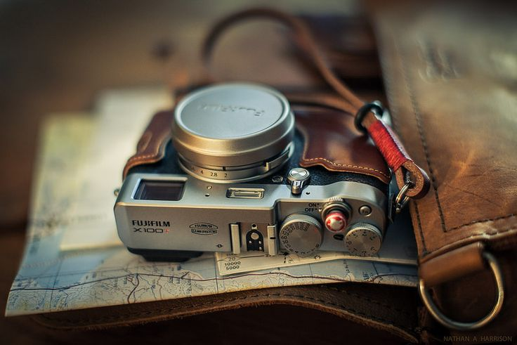 Fuji X100T in Leather