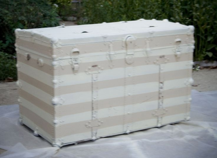25 best ideas about trunk redo on pinterest trunks - How to paint an old trunk ...