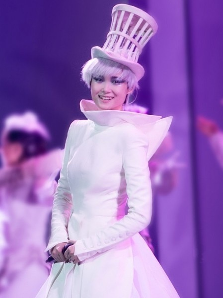 Chinese singer Chris Lee dressed in GAULTIER PARIS, collection Haute Couture automne-hiver 2012-13 for her 2012 tour.