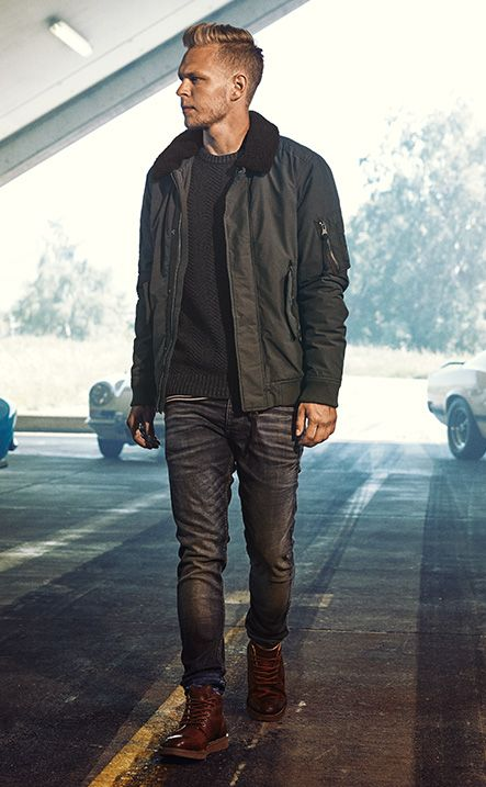 Kevin Magnussen – #GoForGreat quilted jacket, raglan pullover, slim fit jeans, leather sneakers