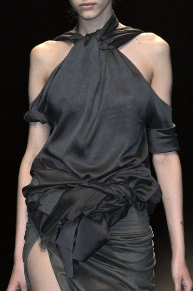 Grey draped dress with knotted waist; fashion details // Haider Ackermann Spring 2010
