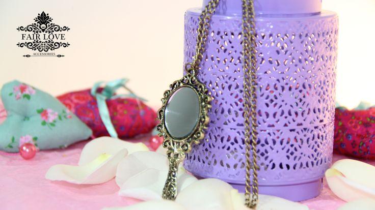 Collar espejo vintage