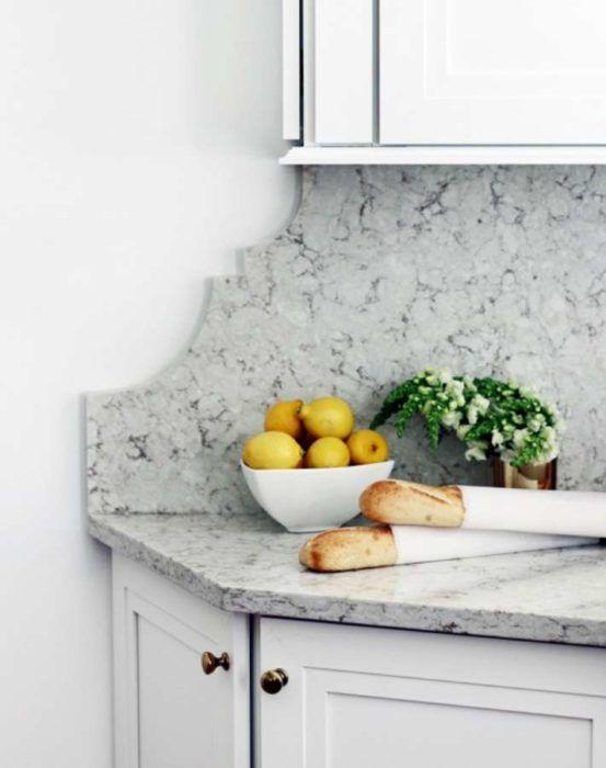 Πριν και Μετά: Πώς Μεταμορφώθηκε μια Ξεπερασμένη Κουζίνα σε Διακοσμητικό Κόσμημα!  #Διακόσμηση