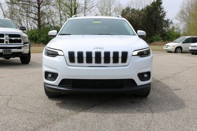 New 2019 Jeep Cherokee Fwd Latitude For Sale In Millington Tn 38053 Sport Utility Details 478528452 Autotrader Jeep Cherokee For Sale Jeep Cherokee Jeep