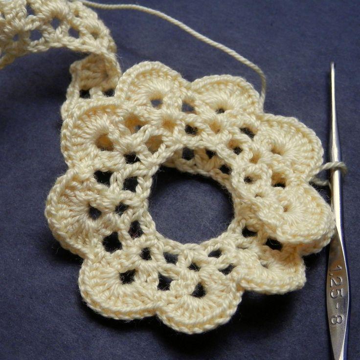 Strip Method – The Perfect Crochet Rose Pattern | Kati Crafts