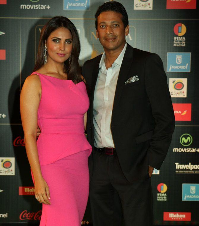 Lara Dutta and Mahesh Bhupathi at IIFA Awards 2016. #Bollywood #Fashion #Style #Beauty #Hot #Sexy
