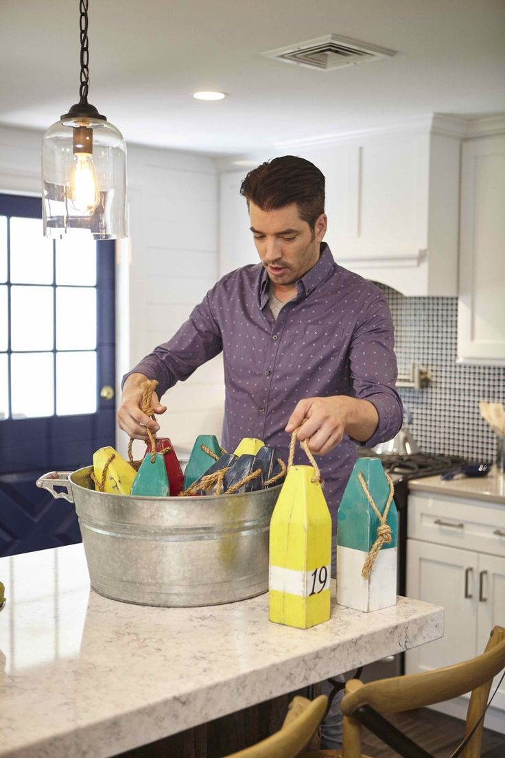 179 best images about jonathan silver scott on pinterest for Property brothers online episodes