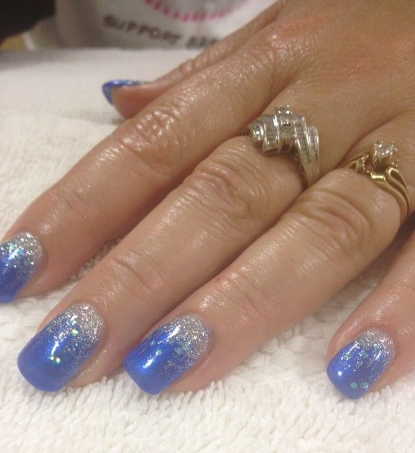 elegant blue gel nail design #nails
