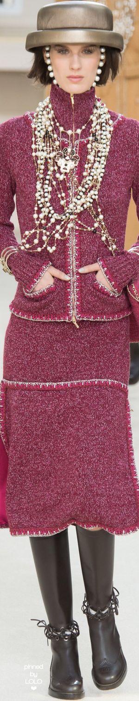 Chanel prêt-à-porter automne-hiver 2016-17 #ChanelFallWinter2017   espritdegabrielle.com #espritdegabrielle
