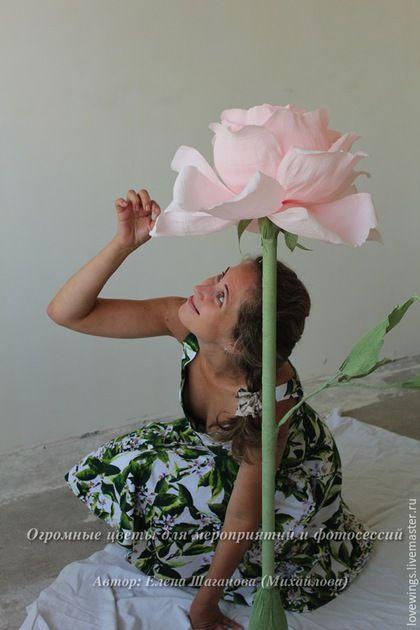 Свадебные цветы ручной работы. Ярмарка Мастеров - ручная работа. Купить Гигантский огромный цветок для фотосессии, интерьера. Handmade. роза