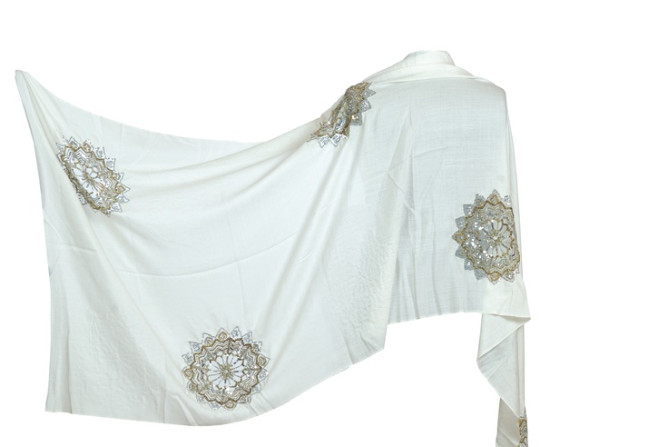 Star Cut Water #Pashmina. Add some #bling bling to any outfit and wrap it ur way #fashion #accessories